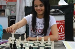 Chess Star Introduces Chess Foundation for Girls
