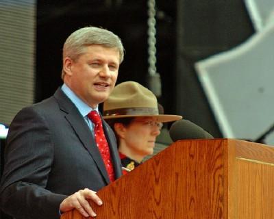 Harper_Canada_Day_09