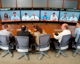 4 Ways to Get Tech Resistant Employees on Board with Video Conferencing